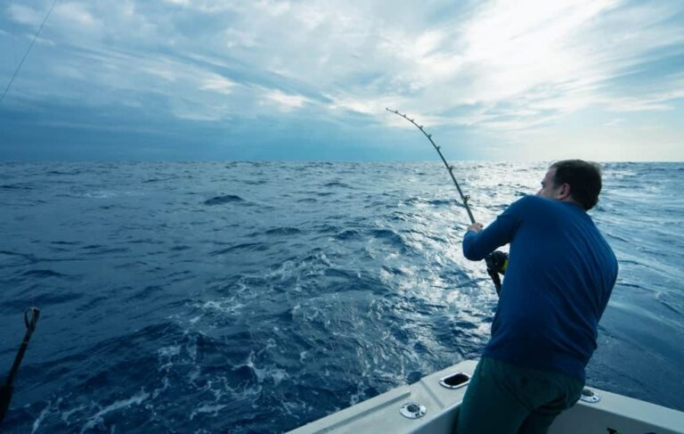 DEEP-SEA FISHING TIPS FOR A BEGINNERS
